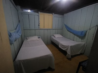 coomunity accommodations for La Macarena tour